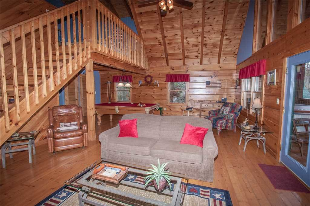 Photo of a Gatlinburg Cabin named Mountain Glory 2 - This is the second photo in the set.