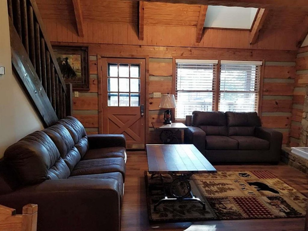 Photo of a Gatlinburg Cabin named Bear Trails - This is the sixteenth photo in the set.
