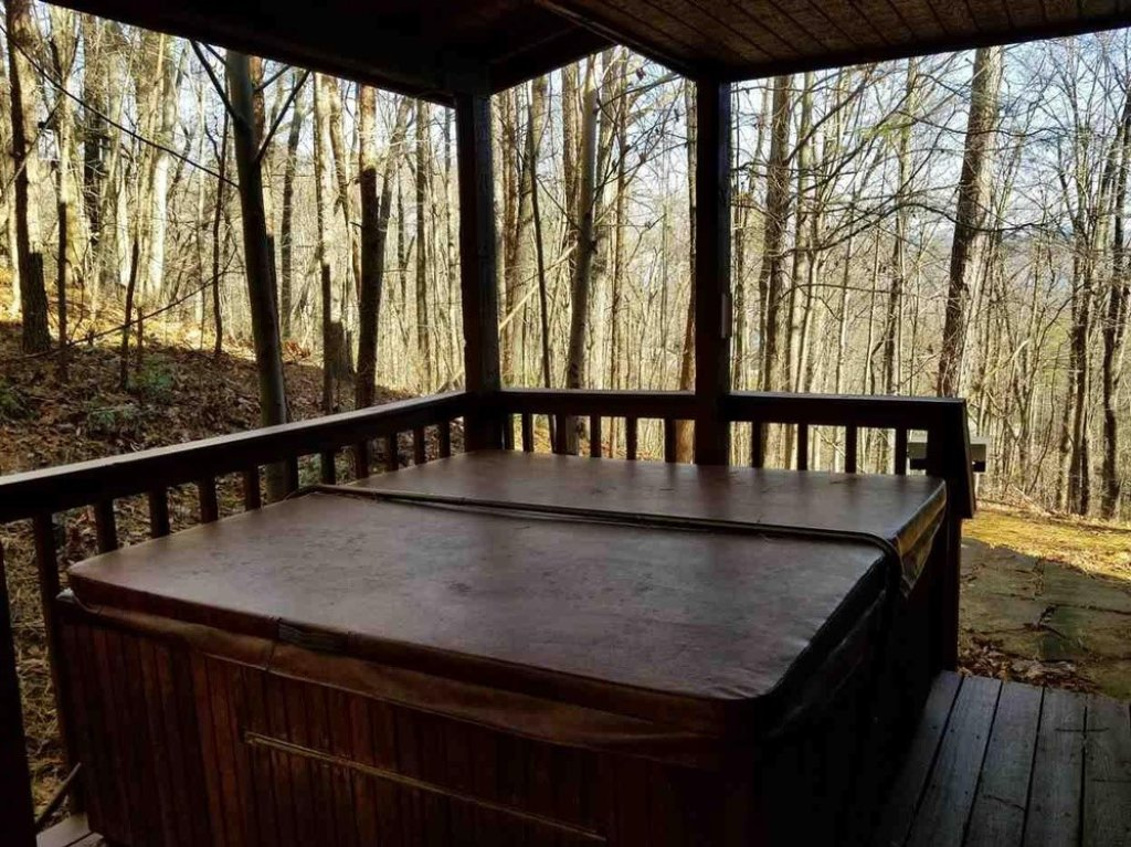 Photo of a Gatlinburg Cabin named Bear Trails - This is the twelfth photo in the set.