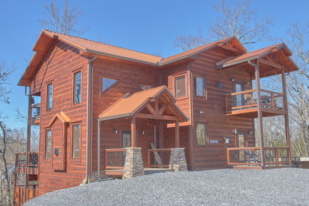 Photo of a Gatlinburg Cabin named Copper Creek Lodge - This is the thirty-third photo in the set.