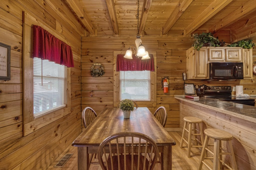 Photo of a Pigeon Forge Cabin named Amazing Grace #264 - This is the seventeenth photo in the set.