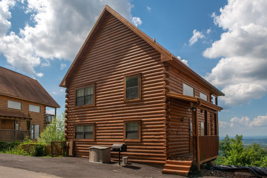 Photo of a Pigeon Forge Cabin named Sky View - This is the twenty-first photo in the set.