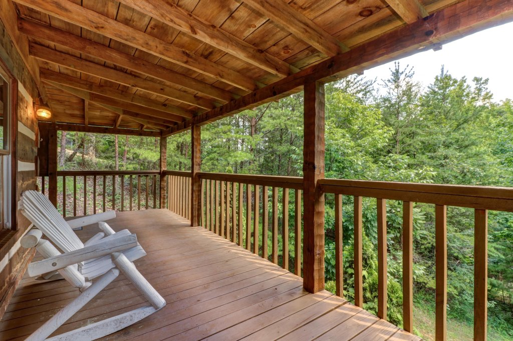 Photo of a Sevierville Cabin named Bears Heaven - This is the fifteenth photo in the set.