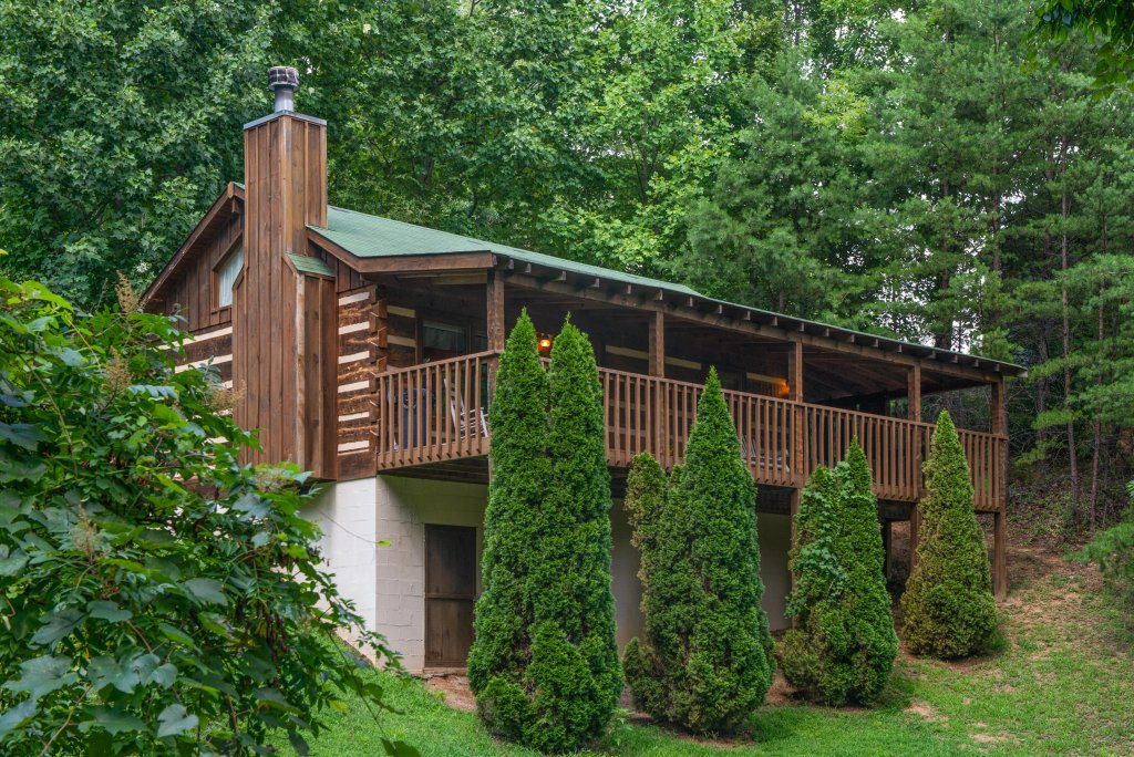 Photo of a Sevierville Cabin named Bears Heaven - This is the eighteenth photo in the set.