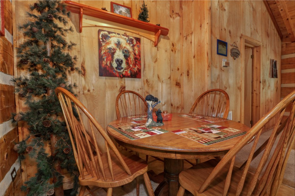 Photo of a Sevierville Cabin named Bears Heaven - This is the twenty-first photo in the set.