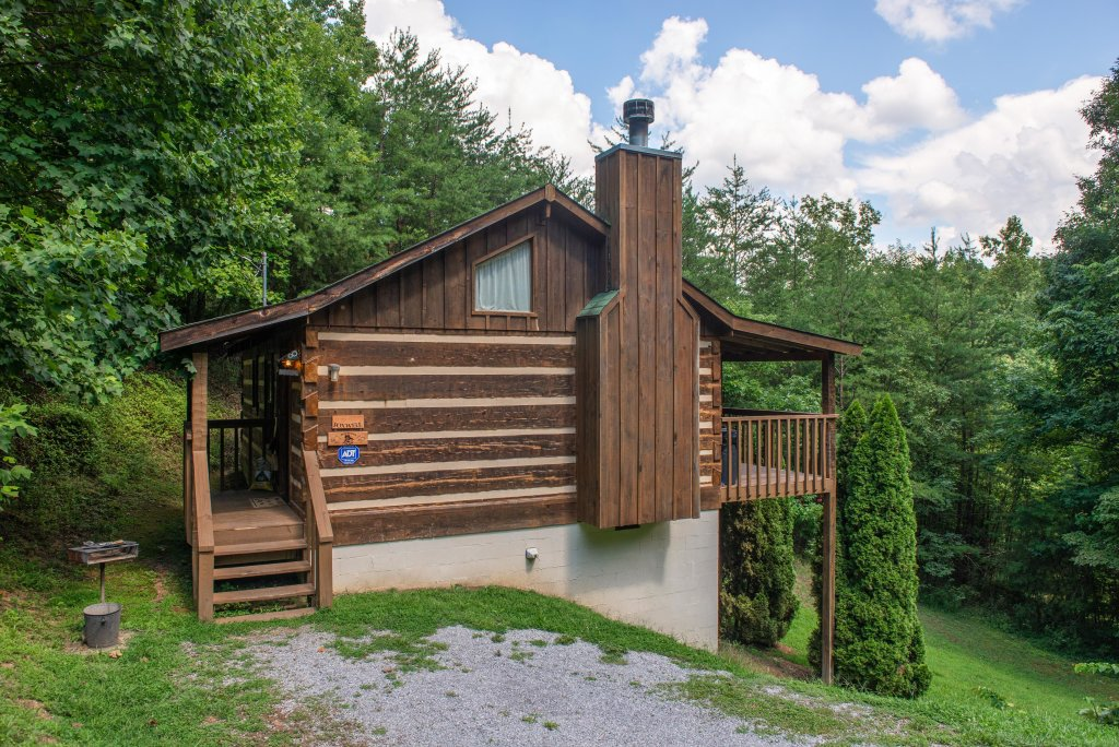 Photo of a Sevierville Cabin named Bears Heaven - This is the twenty-seventh photo in the set.
