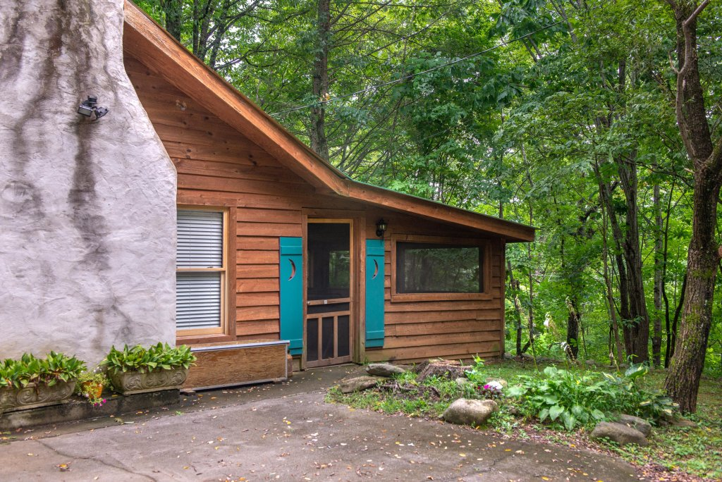 Photo of a Gatlinburg Cabin named Crescent Moon - This is the ninth photo in the set.