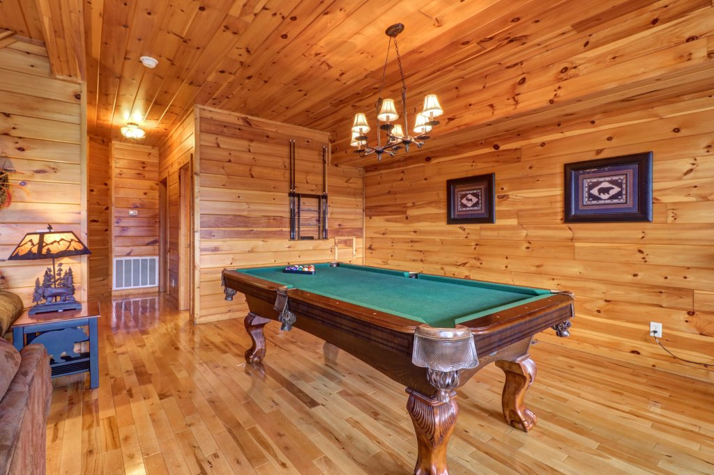 Photo of a Sevierville Cabin named Soaring Vista Cabin - This is the twelfth photo in the set.