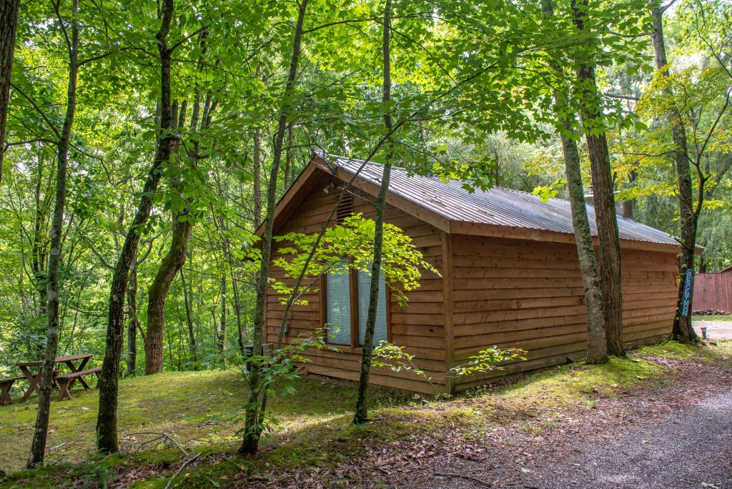 Photo of a Gatlinburg Cabin named Crescent Moon - This is the twenty-sixth photo in the set.