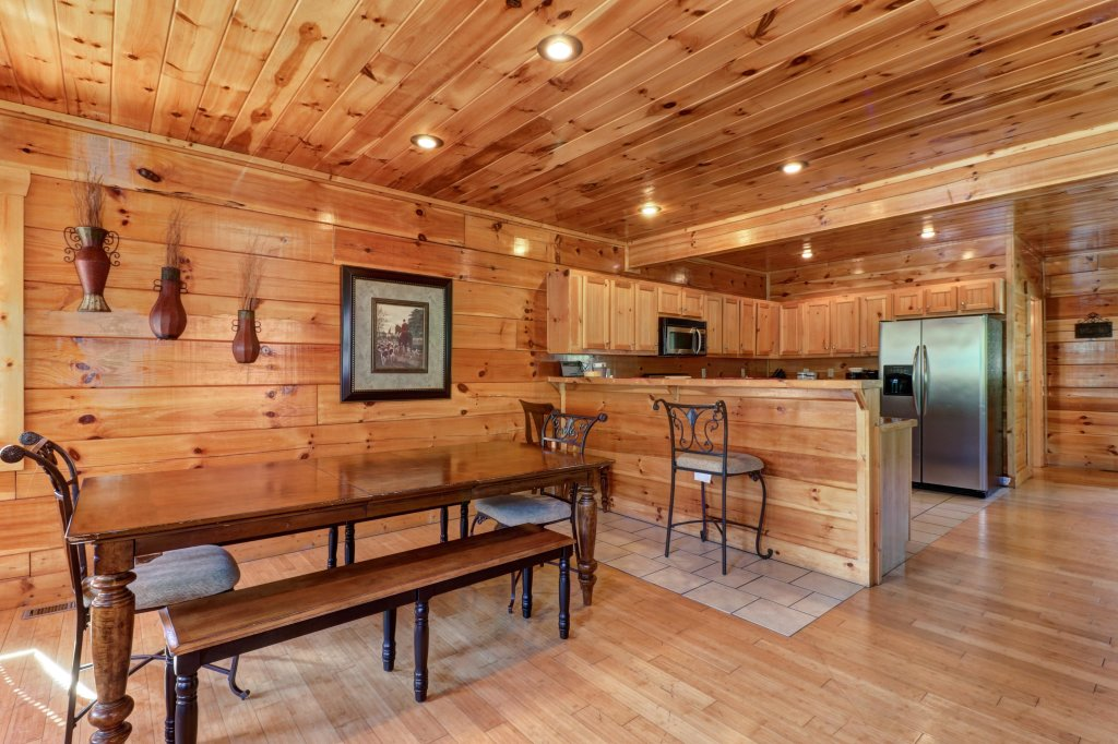 Photo of a Sevierville Cabin named Just For Fun - This is the twenty-ninth photo in the set.