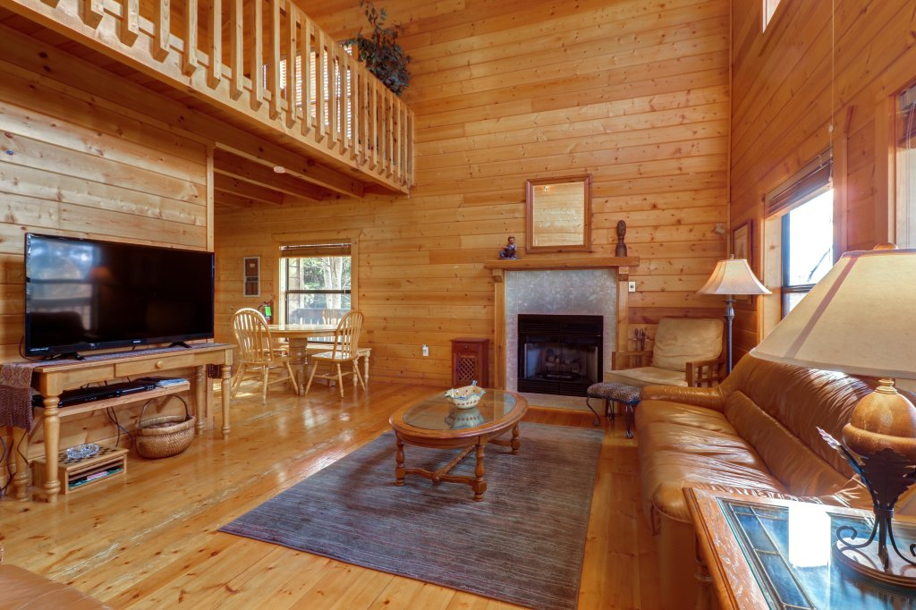 Photo of a Pigeon Forge Cabin named Cloud 9 - This is the twenty-third photo in the set.