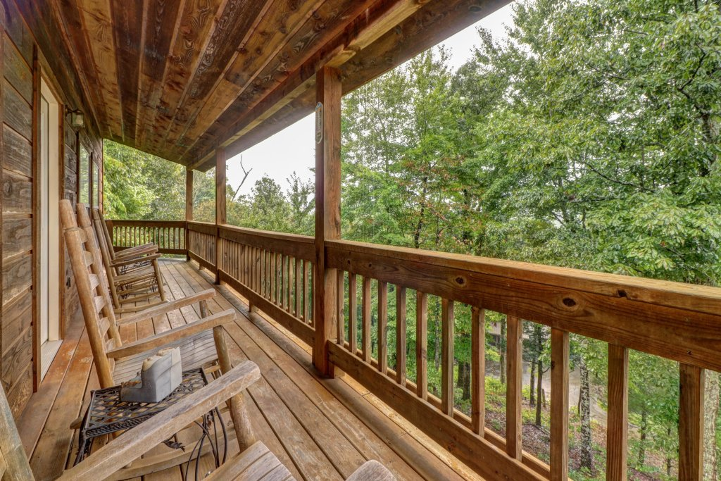 Photo of a Pigeon Forge Cabin named Cloud 9 - This is the eighth photo in the set.
