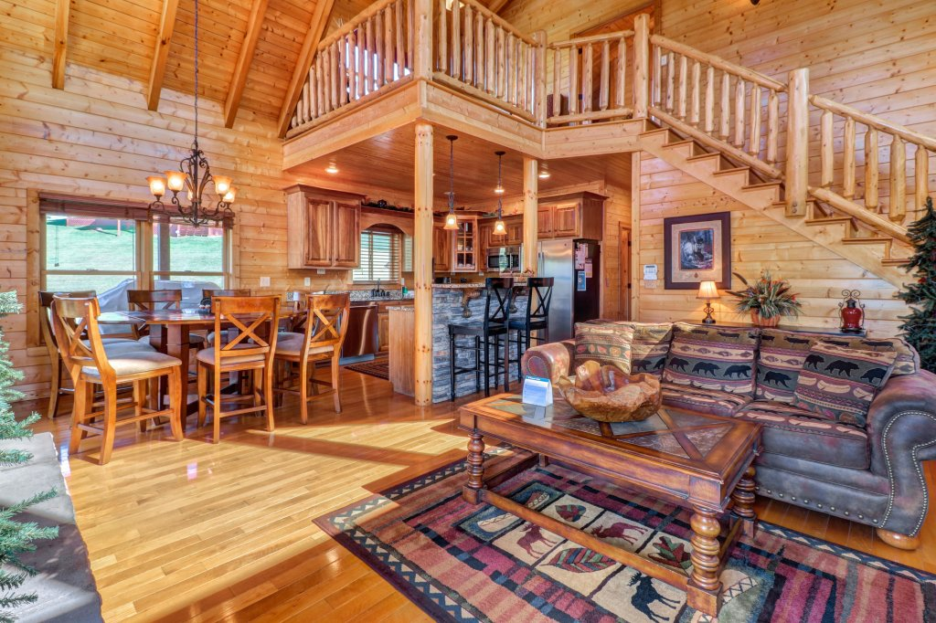 Photo of a Sevierville Cabin named Bear Valley Lodge - This is the thirty-sixth photo in the set.