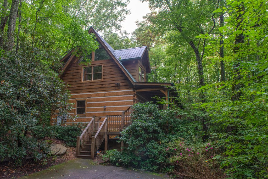 Photo of a Sevierville Cabin named Creekside - This is the thirty-sixth photo in the set.