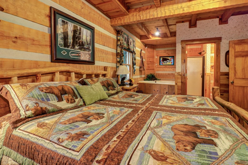 Photo of a Sevierville Cabin named Creekside - This is the twenty-fifth photo in the set.