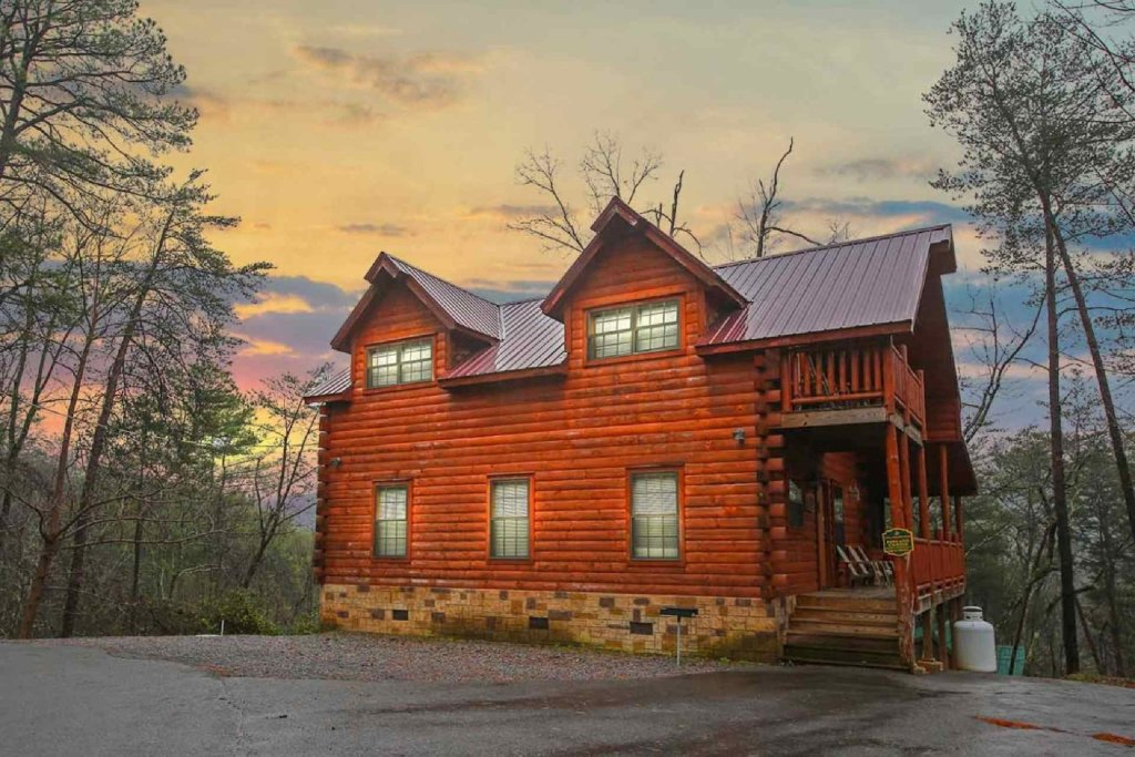 Photo of a Gatlinburg Cabin named Paws And Unwind - This is the seventeenth photo in the set.