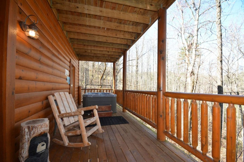 Photo of a Sevierville Cabin named Hidden Haven - This is the fifth photo in the set.