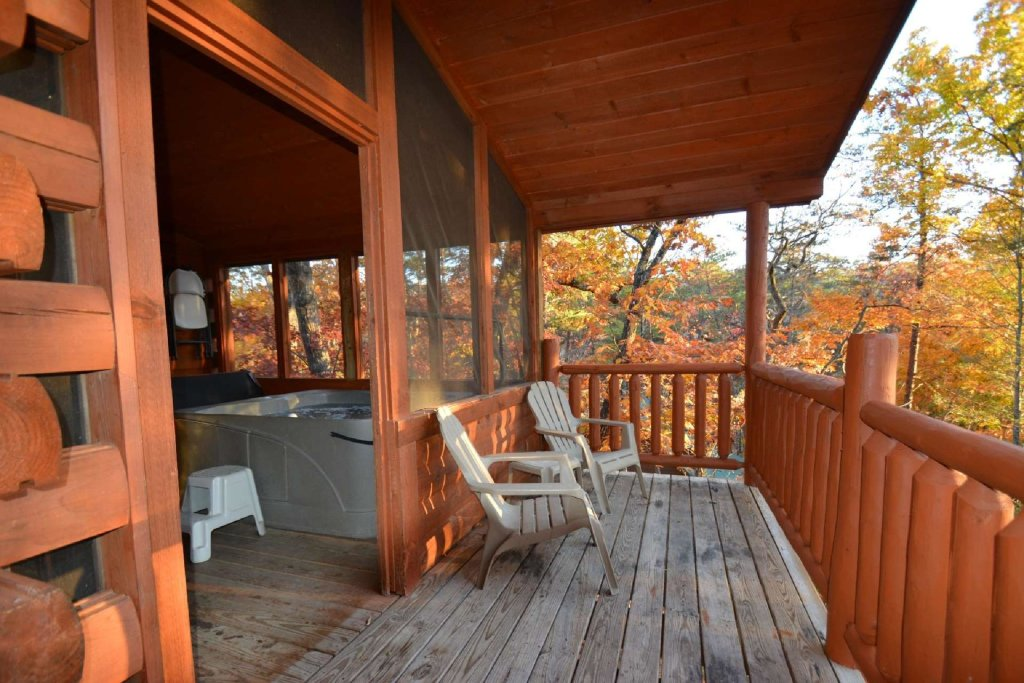 Photo of a Gatlinburg Cabin named Paws And Unwind - This is the tenth photo in the set.