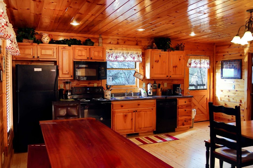 Photo of a Pigeon Forge Cabin named Bearadise - This is the twelfth photo in the set.