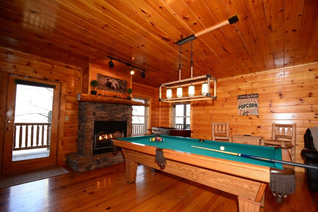 Photo of a Sevierville Cabin named Hidden Haven - This is the fourth photo in the set.