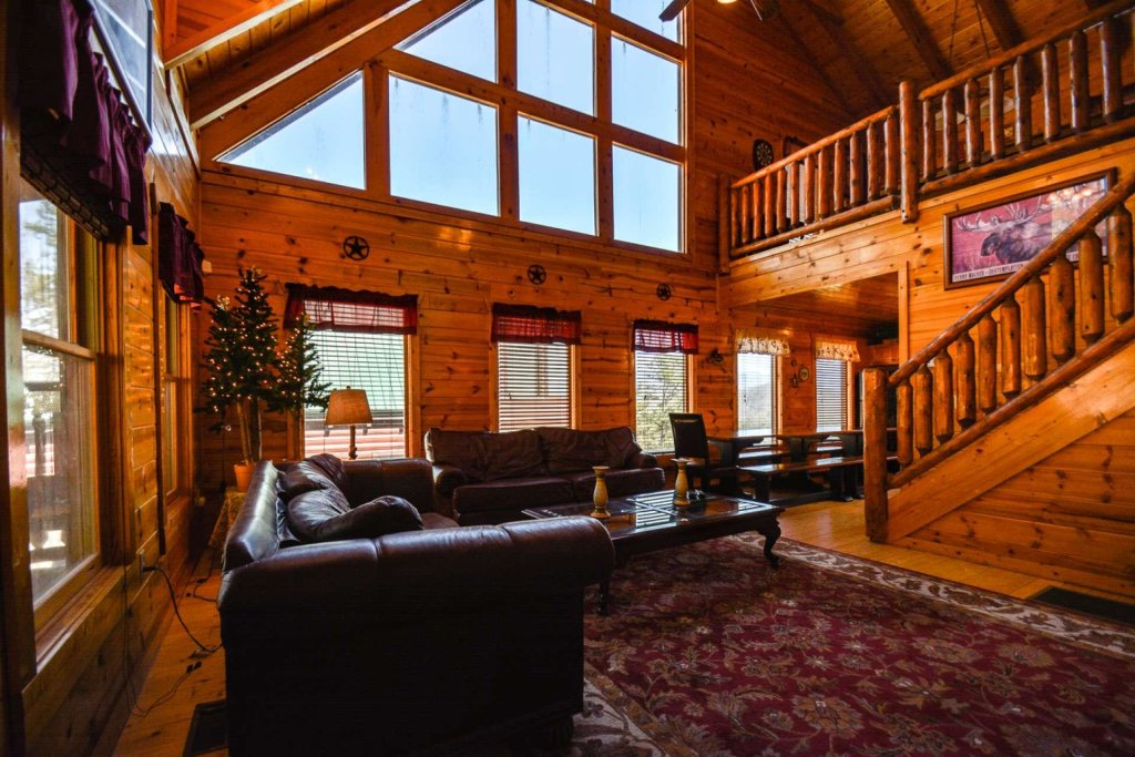 Photo of a Pigeon Forge Cabin named Bearadise - This is the thirty-fourth photo in the set.