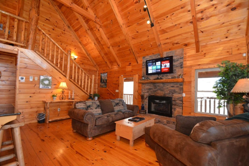 Photo of a Sevierville Cabin named Hidden Haven - This is the twentieth photo in the set.