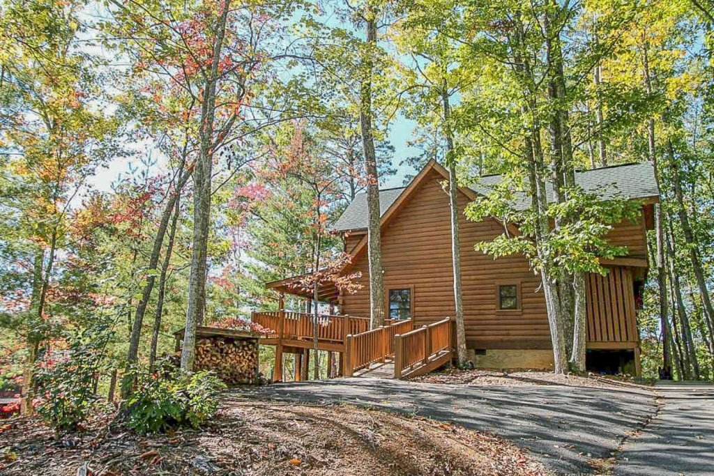 Photo of a Pigeon Forge Cabin named Mountain Splendor - This is the forty-third photo in the set.