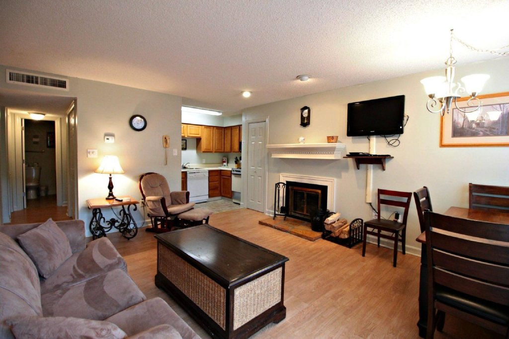 Photo of a Gatlinburg Cabin named Summit Condominiums #3205 - This is the third photo in the set.