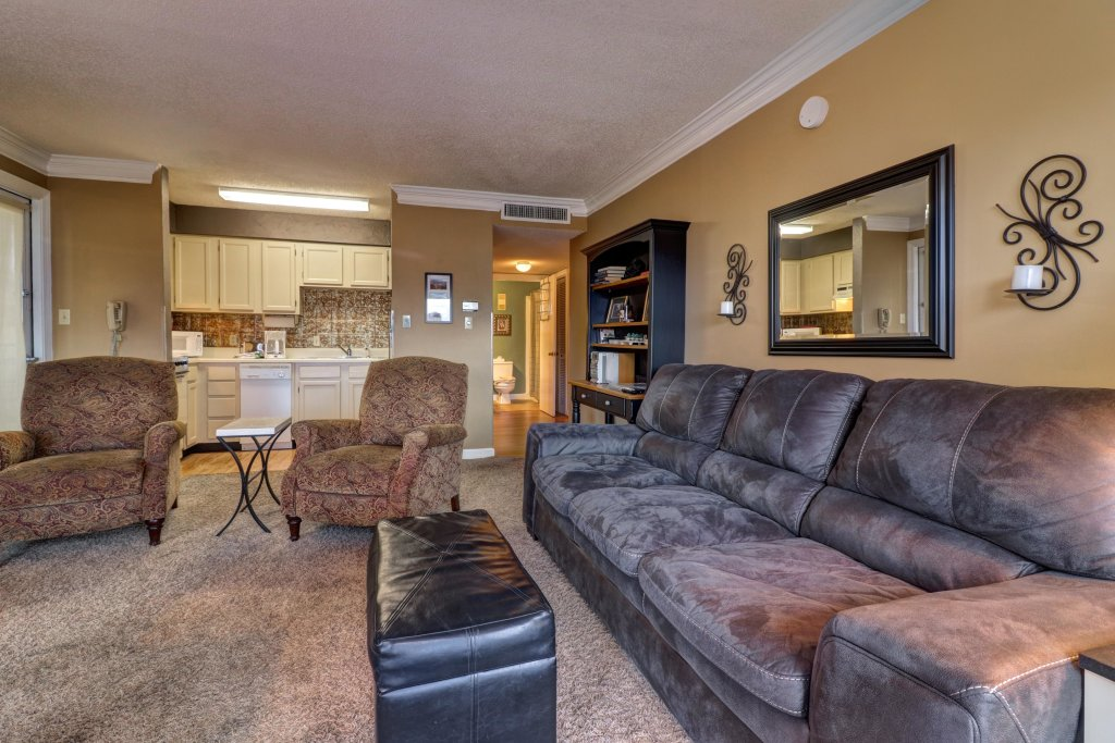 Photo of a Gatlinburg Cabin named Summit View Condo - This is the eighth photo in the set.