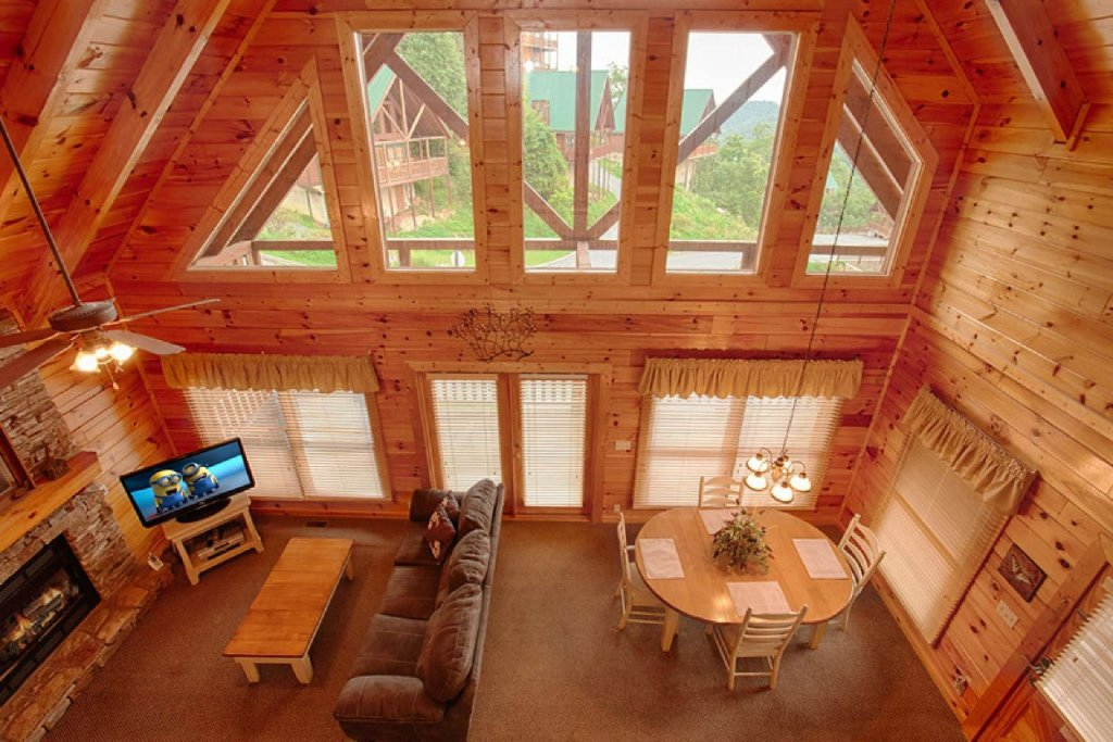 Photo of a Pigeon Forge Cabin named Victoria's Other Secret - This is the fourth photo in the set.