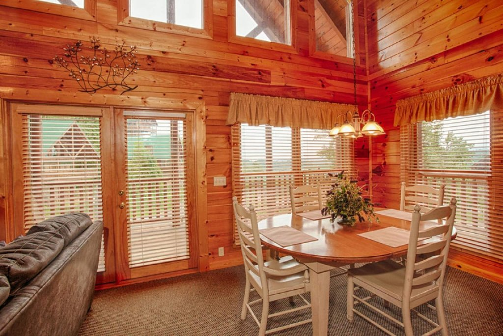 Photo of a Pigeon Forge Cabin named Victoria's Other Secret - This is the ninth photo in the set.