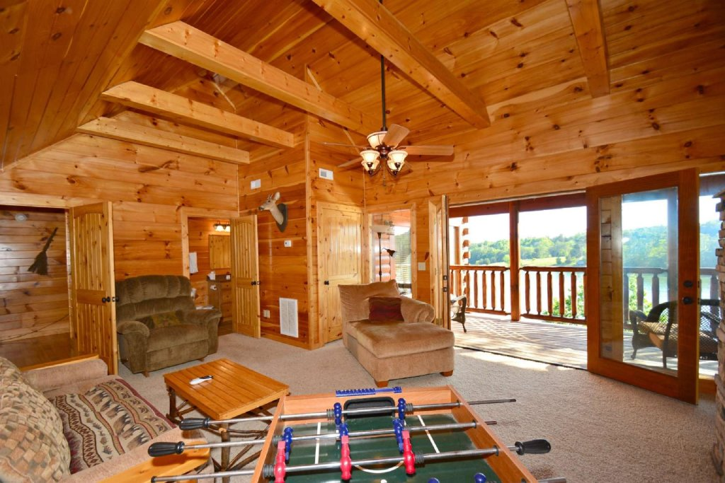 Photo of a Gatlinburg Cabin named Lakeside And Lovin It - This is the third photo in the set.