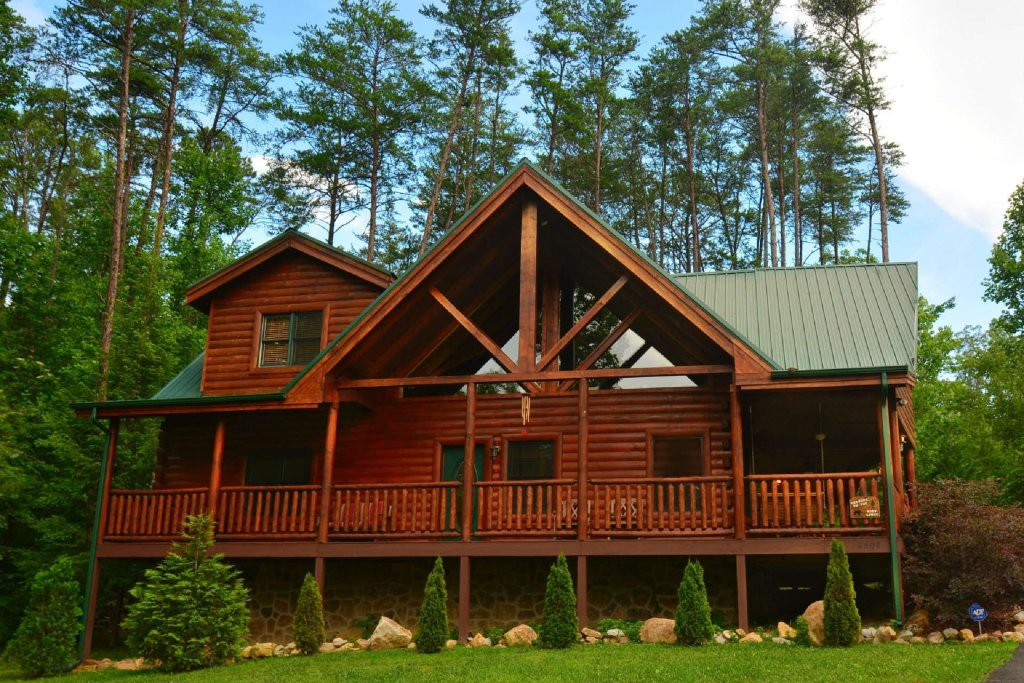 Photo of a Pigeon Forge Cabin named Kozy Lodge - This is the twenty-third photo in the set.