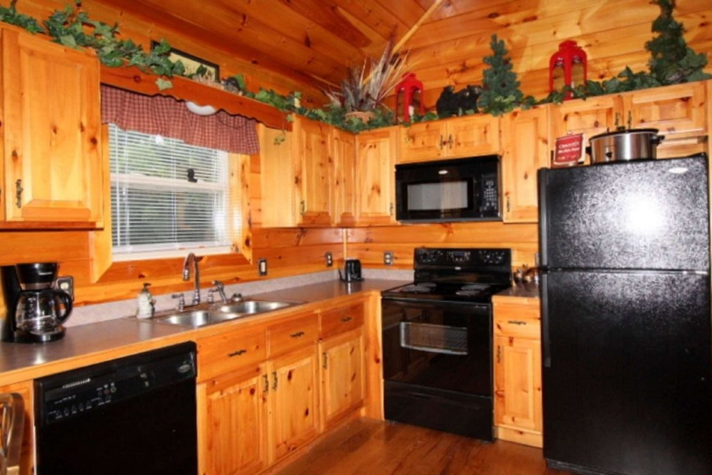 Photo of a Pigeon Forge Cabin named Starlight Kisses - This is the ninth photo in the set.
