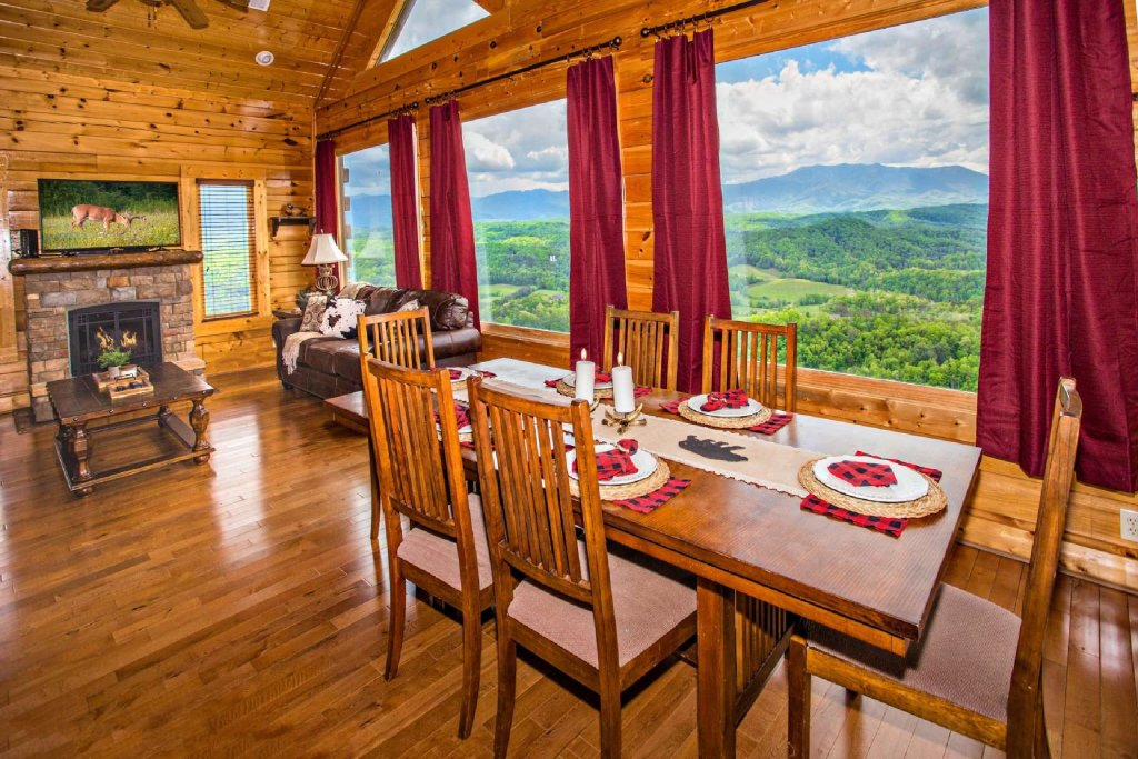 Photo of a Pigeon Forge Cabin named Best Of View - This is the third photo in the set.