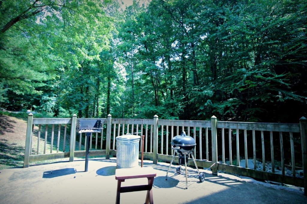 Photo of a Gatlinburg Cabin named 154 Village Stream - This is the fourteenth photo in the set.