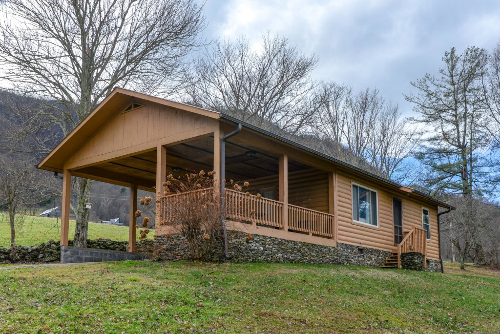 Photo of a Sevierville Cabin named Country Cabin - This is the fourth photo in the set.