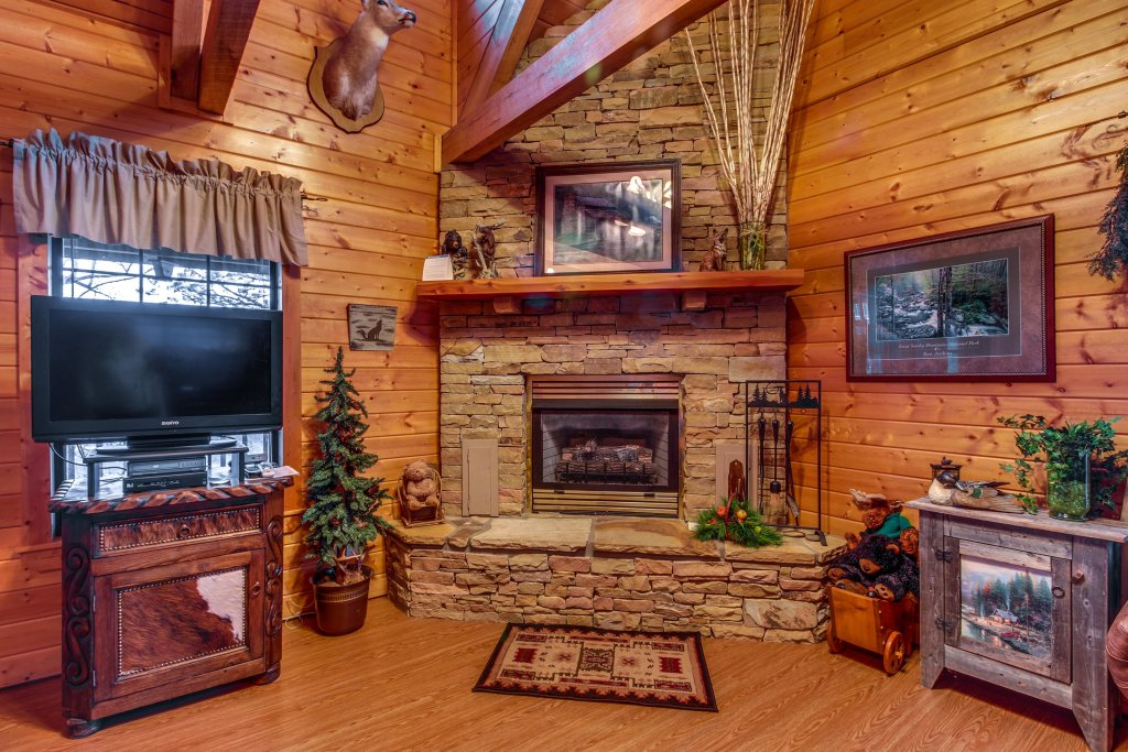 Photo of a Sevierville Cabin named Fox Hollow Cabin - This is the twentieth photo in the set.