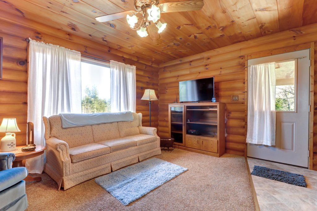 Photo of a Sevierville Cabin named Country Cabin - This is the eighteenth photo in the set.