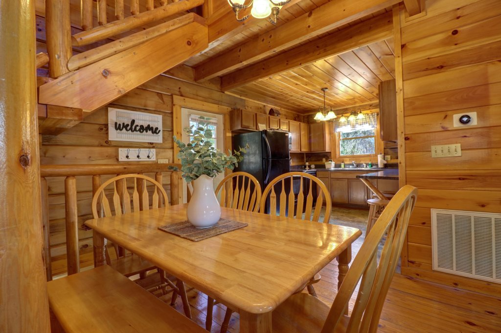 Photo of a Pigeon Forge Cabin named Peaceful Setting Cabin - This is the thirteenth photo in the set.