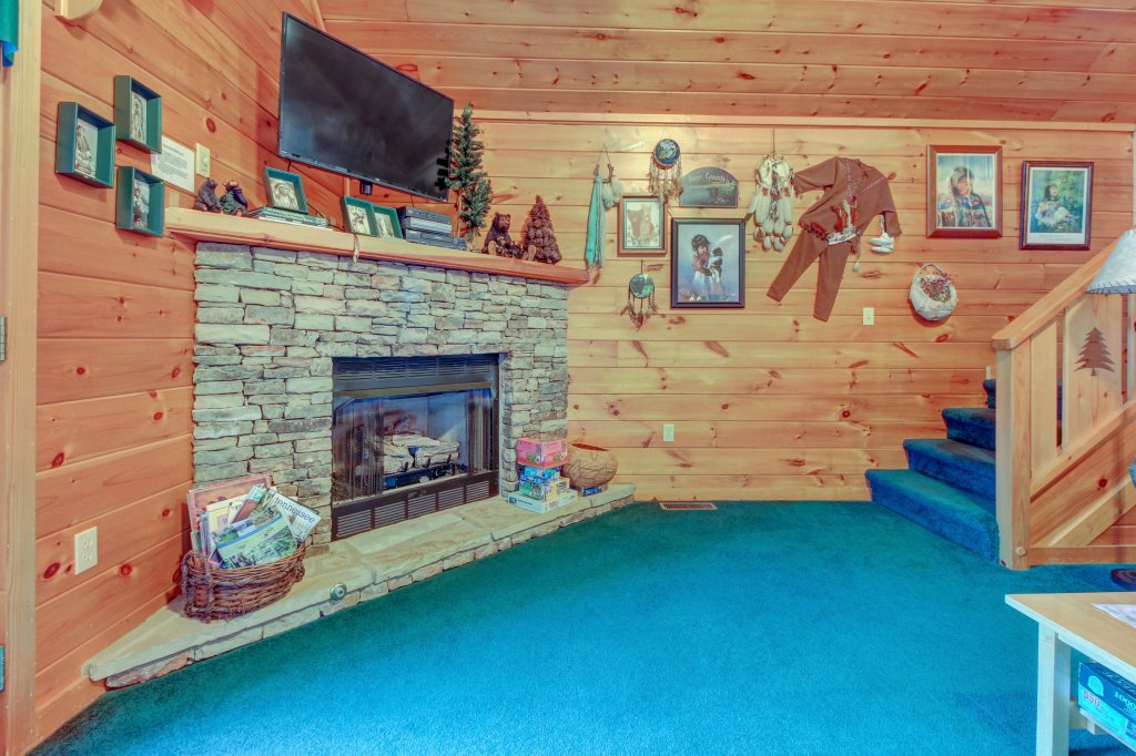 Photo of a Pigeon Forge Cabin named Running Bear Cabin - This is the ninth photo in the set.