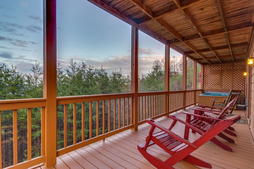 Photo of a Sevierville Cabin named Fox Hollow Cabin - This is the eighth photo in the set.