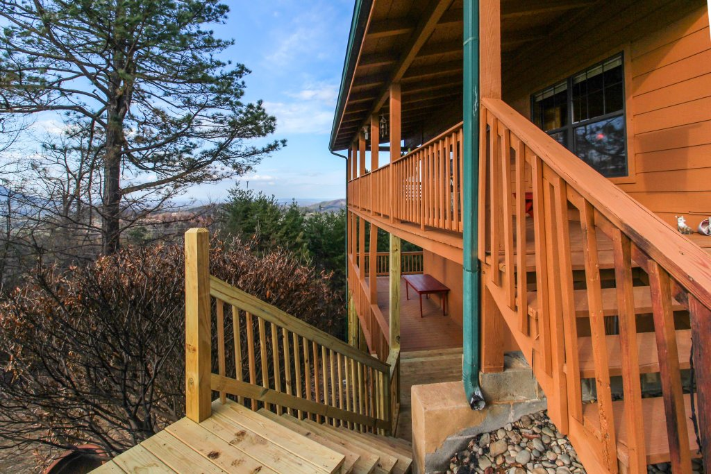 Photo of a Sevierville Cabin named Fox Hollow Cabin - This is the nineteenth photo in the set.