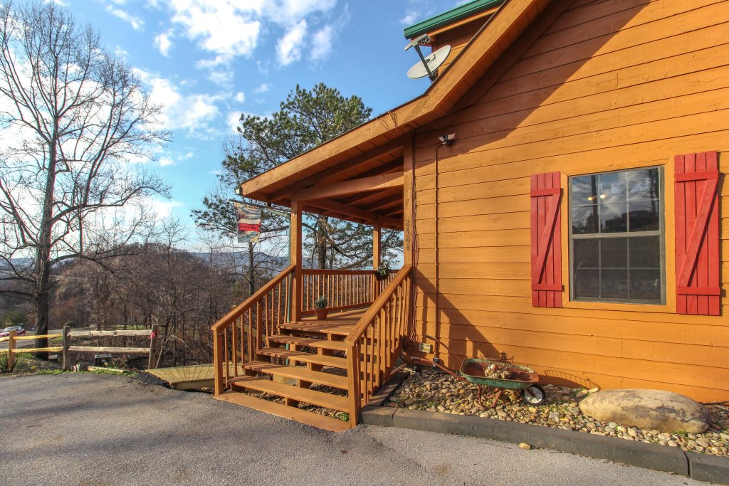 Photo of a Pigeon Forge Cabin named Fox Hollow Cabin - This is the sixteenth photo in the set.
