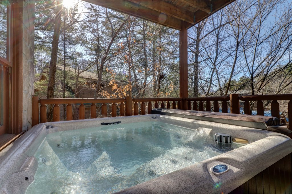 Photo of a Pigeon Forge Cabin named Peaceful Setting Cabin - This is the seventeenth photo in the set.