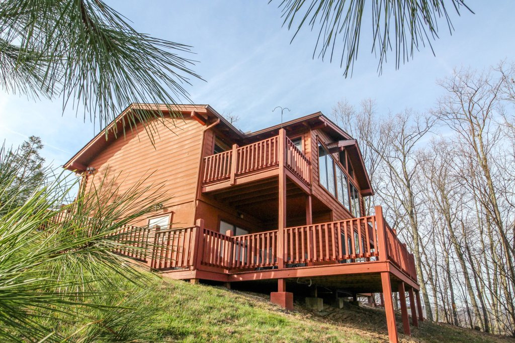 Photo of a Sevierville Cabin named Arthur's Retreat Cabin - This is the ninth photo in the set.