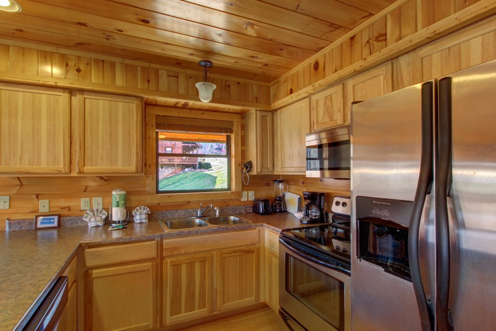 Photo of a Sevierville Cabin named Fit For Kings Cabin - This is the eleventh photo in the set.