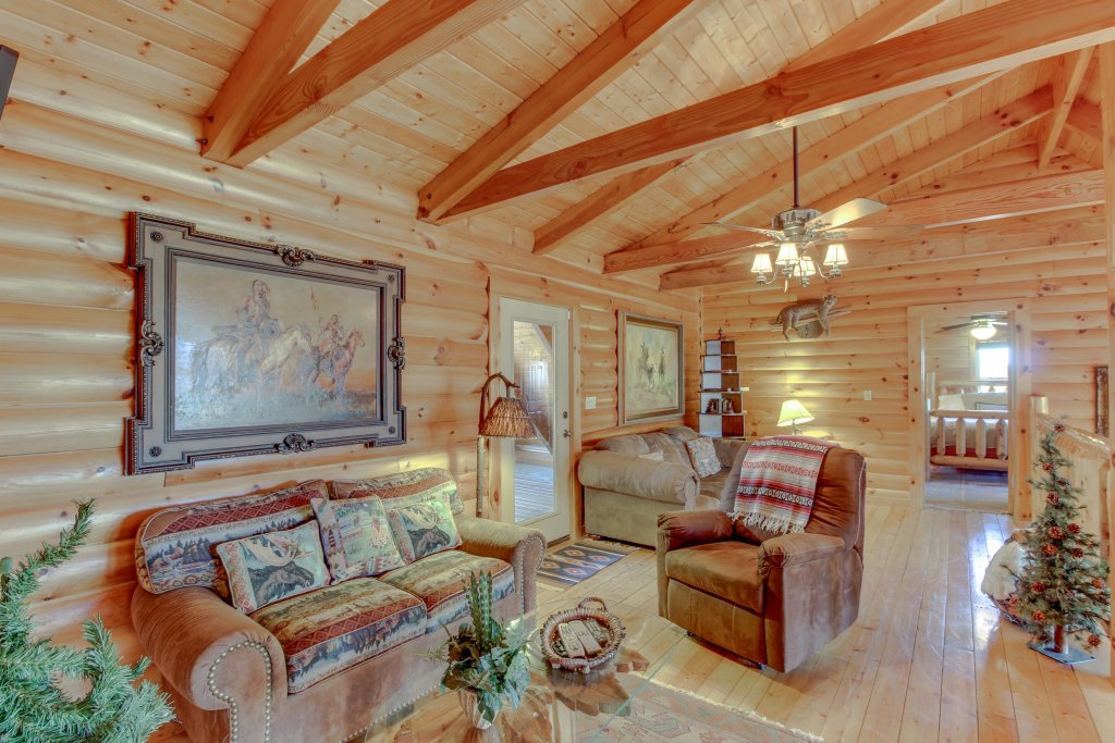 Photo of a Sevierville Cabin named Heaven On A Hill Cabin - This is the tenth photo in the set.