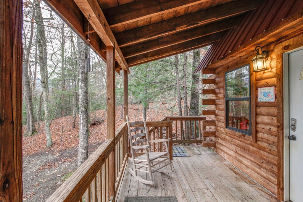 Photo of a Sevierville Cabin named Bear Haven Cabin - This is the twentieth photo in the set.