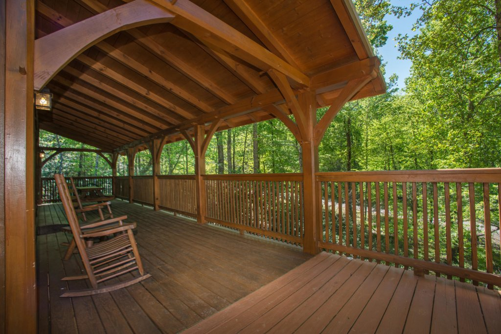 Photo of a Sevierville Cabin named Mama Bear Creek Bridge Cabin - This is the eighth photo in the set.